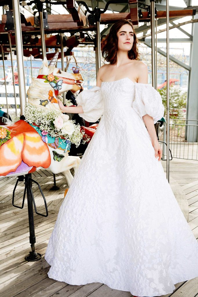 Lela_Rose2-683x1024 Primavera e Verão: tendências de vestido de casamento para 2020