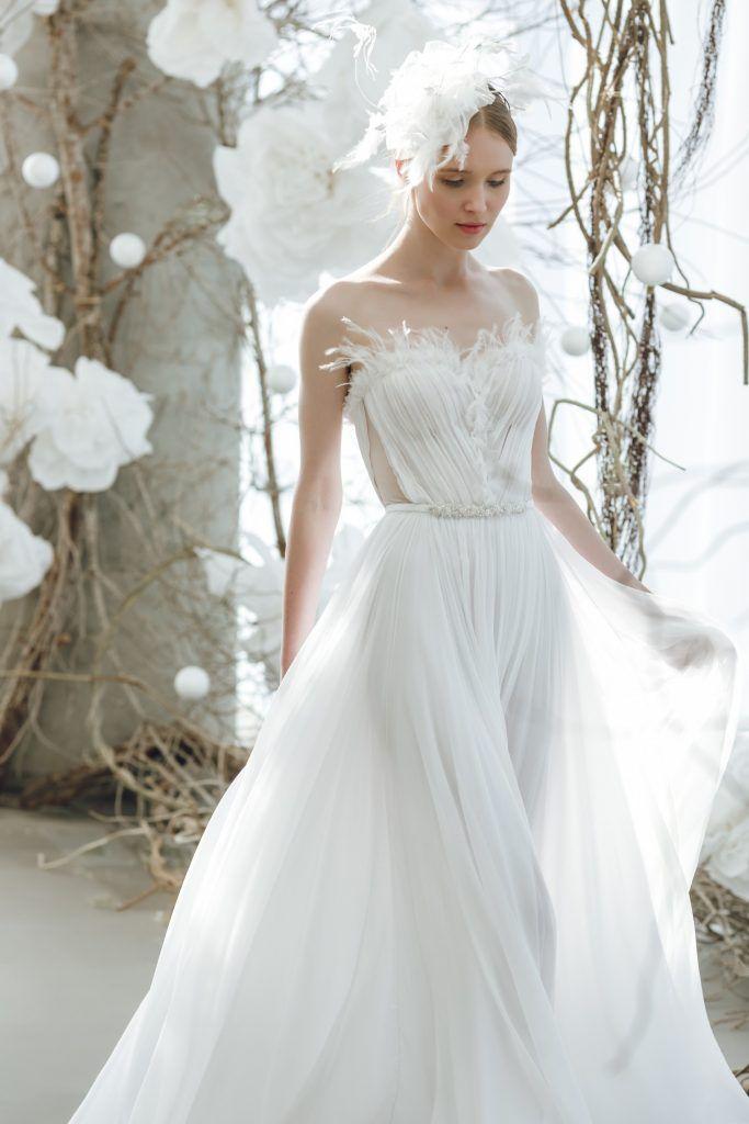 Mira_Zwillinger-683x1024 Primavera e Verão: tendências de vestido de casamento para 2020
