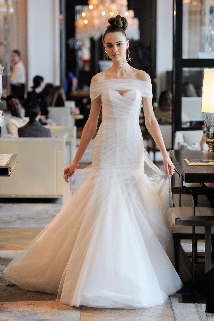 vestidos-casamento-2020_Ines-Di-Santo_cintura-baixa-683x1024 Primavera e Verão: tendências de vestido de casamento para 2020