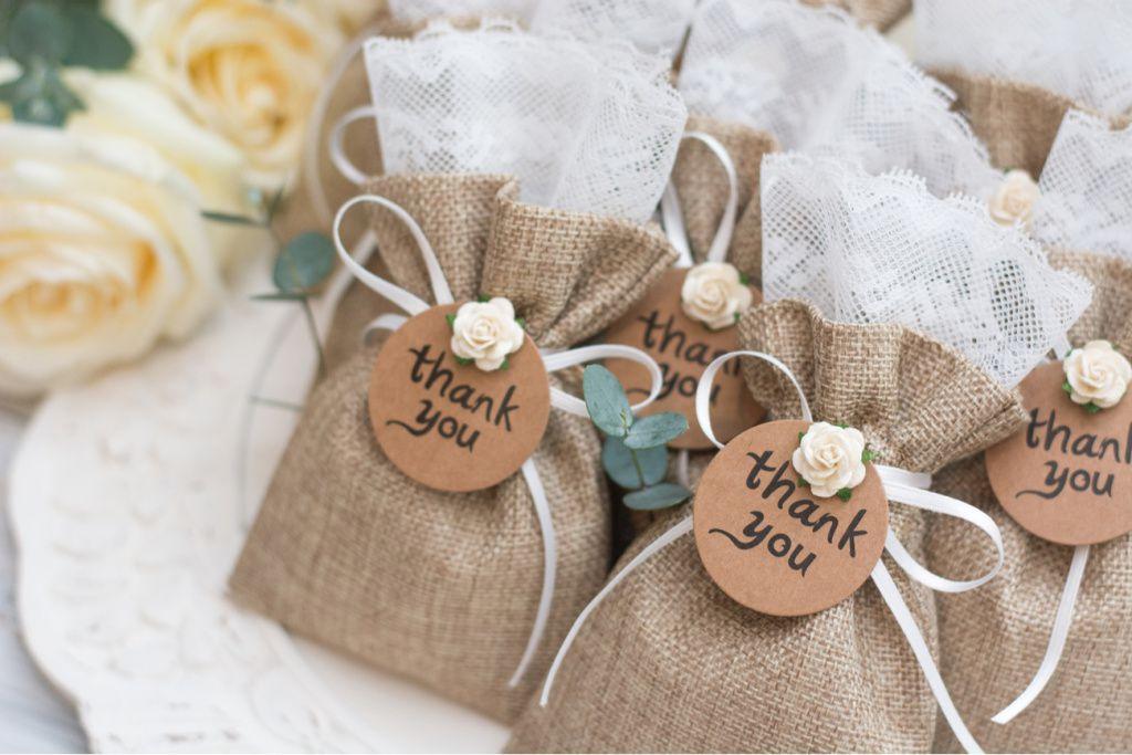 lembrancinhas-de-casamento-1024x683 Lembrancinhas de casamento simples e charmosas